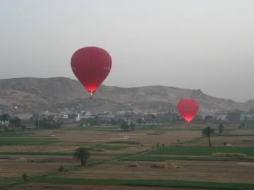 Hot Air Balloon Flight Over Luxor West Bank -in-luxor-Egypt2