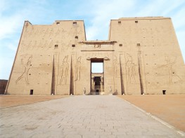 Edfu temple of horus-in-Aswan-Egypt3