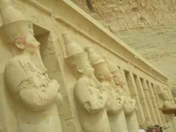 Hatshepsut temple -in-Luxor-Egypt2