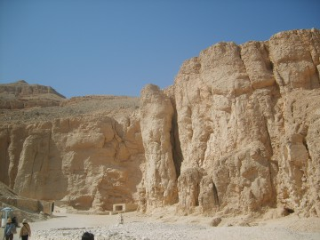 valley of the kings-in luxor-Egypt 2
